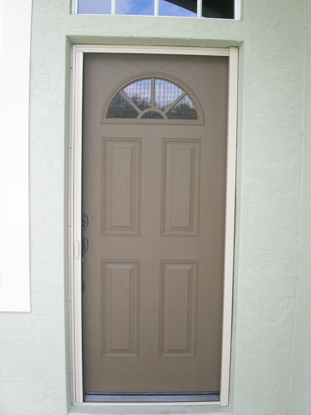 Dulley column color graphics for Screen door frame