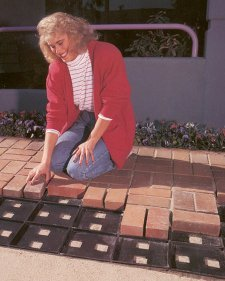 Patio Pal Takes Guesswork Out Of Brick Laying